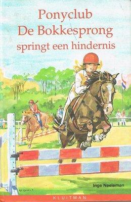 Ponyclub de Bokkesprong - Springt een hindernis